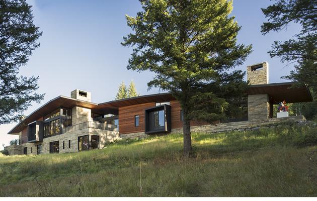 house-artist-studio-softly-curving-roofline-3-site.jpg
