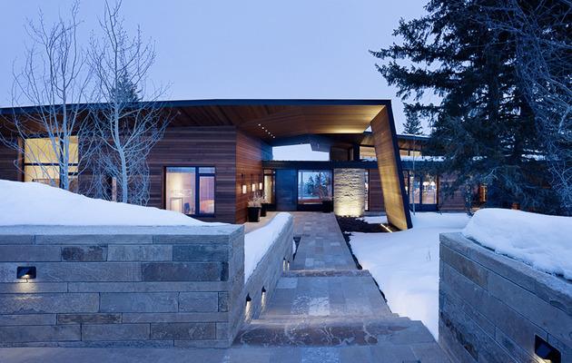 house-artist-studio-softly-curving-roofline-4-walkway.jpg