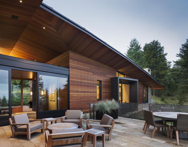 house-artist-studio-softly-curving-roofline-9-deck.jpg