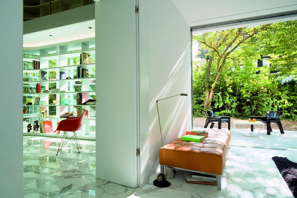 House with Two-storey Gl Library on