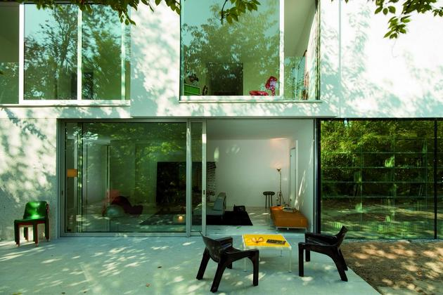 house-with-two-storey-glass-library-13.jpg