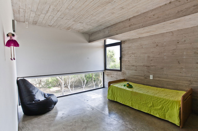 low-maintenance-concrete-beach-house-22-bedroom.jpg