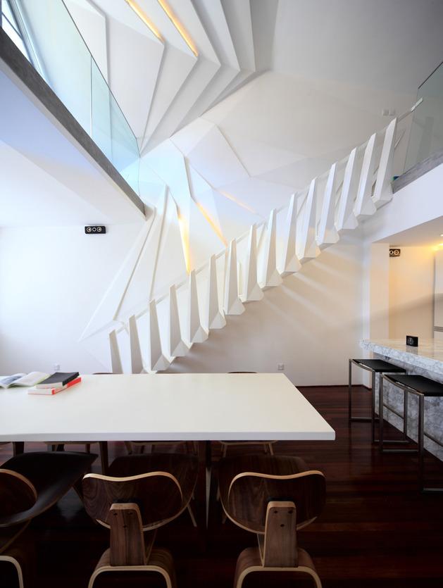 modern-geometric-apartment-loft-with-beautiful-bones-3.jpg