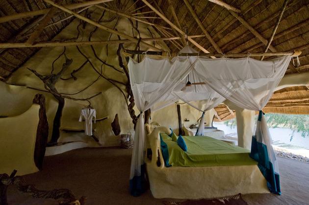 organic-holiday-home-overlooks-2-rivers-pool-25-bedroom2.jpg