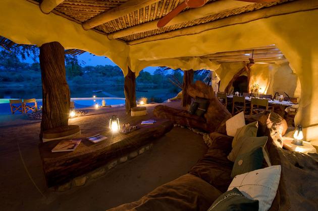 organic-holiday-home-overlooks-2-rivers-pool-9-living.jpg