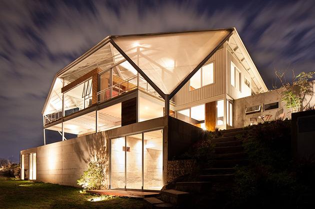 outdoor-living-house-under-geometric-canopy-5-rear-below-night.jpg