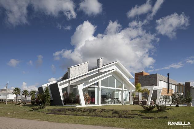 pitched-roofline-house-morphs-angled-facade-4-back.jpg