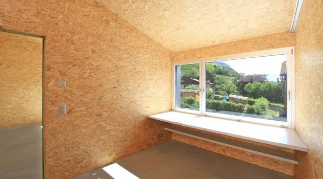 pre-fabricated-house-painted-osb-panels-10-office.jpg
