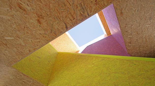 pre-fabricated-house-painted-osb-panels-13-skylight.jpg