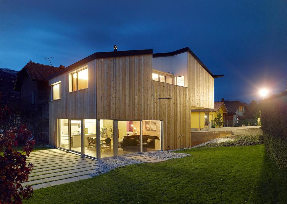 View In Gallery Pre Fabricated House Painted Osb Panels 17 Exterior.