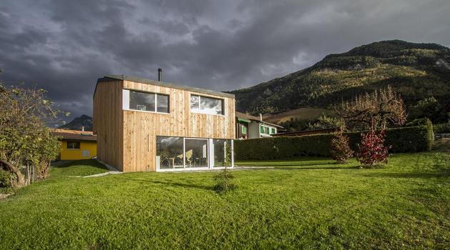 pre-fabricated-house-painted-osb-panels-3-rural-side.jpg
