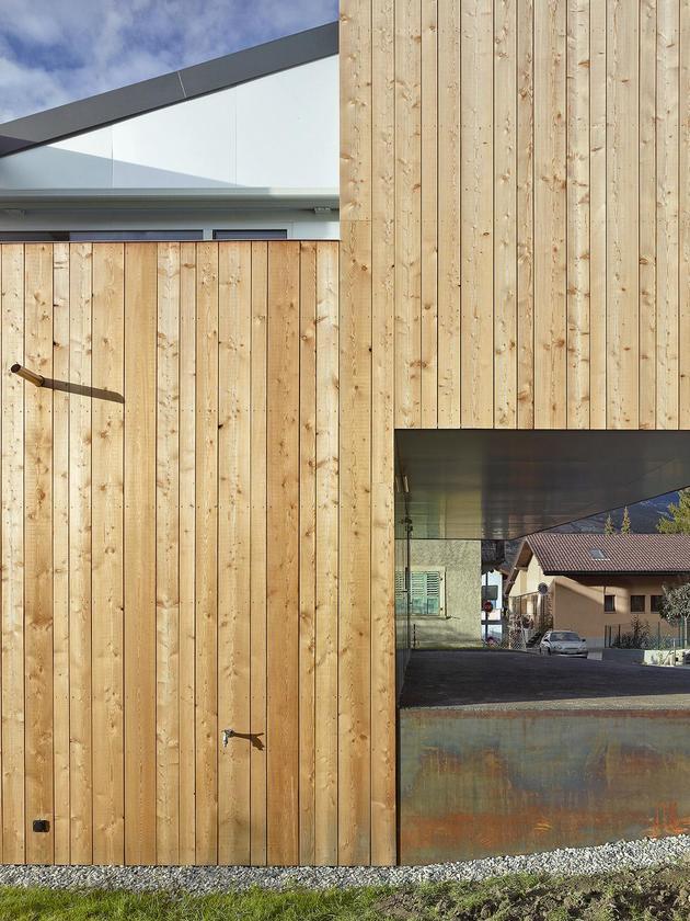 pre-fabricated-house-painted-osb-panels-6-siding.jpg