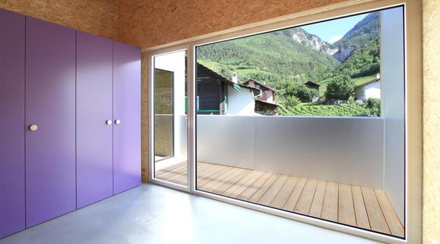 pre-fabricated-house-painted-osb-panels-9-jj-office.jpg