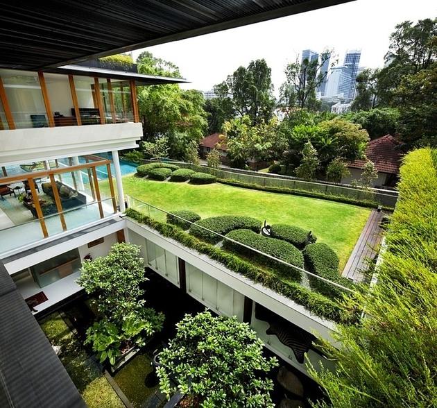 rooftop-lawn-house-with-huge-glass-walls-5-lawn-from-above.jpg