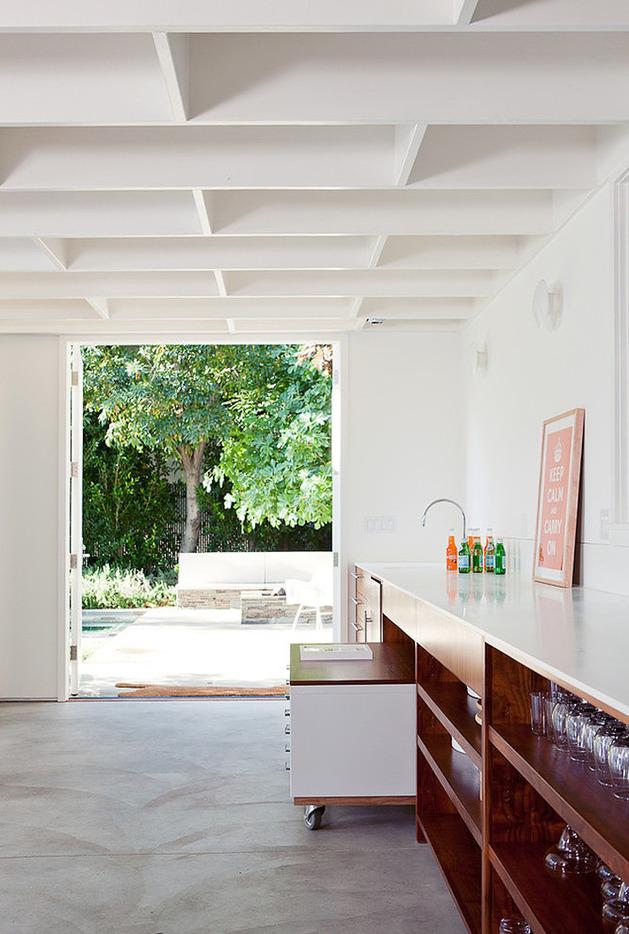 solar-powered-la-studio-by-new-york-architect-8.jpg