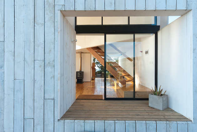 square-ocean-view-home-angled-2nd-storey-5-entry.jpg