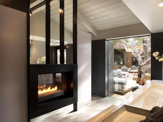 updated-mid-century-home-private-2-tier-courtyard-19-master-bath.jpg