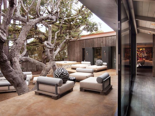 updated-mid-century-home-private-2-tier-courtyard-23-upper-courtyard.jpg