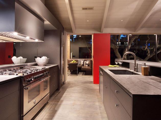 updated-mid-century-home-private-2-tier-courtyard-6-kitchen.jpg