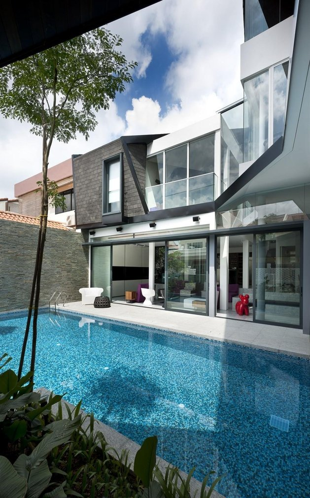 angles-colour-blocking-pool-features-home-expansion-6-pool.jpg