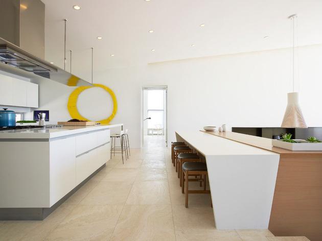 bbs-panel-home-poolside-terrace-borders-beach-20-kitchen-bar.jpg