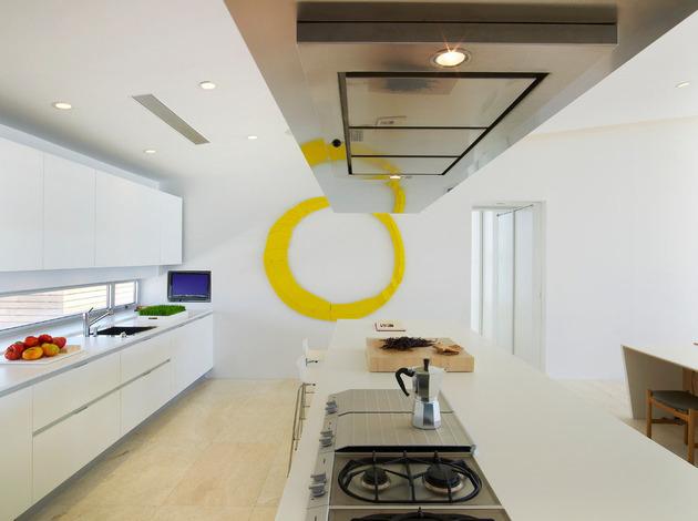 bbs-panel-home-poolside-terrace-borders-beach-21-kitchen-island.jpg