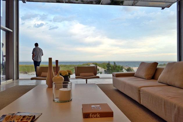 bbs-panel-home-poolside-terrace-borders-beach-36-view.jpg