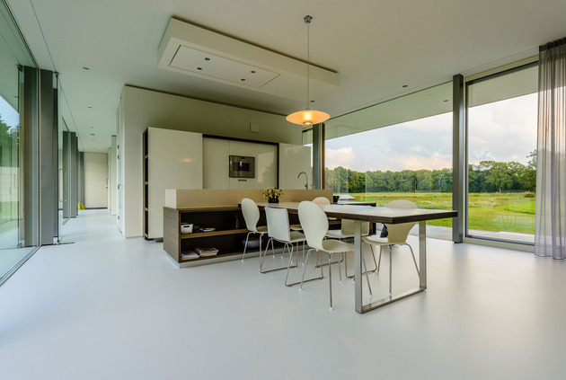 concrete-home-walls-glass-private-pasture-8-dining.jpg