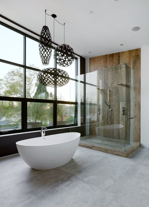 contemporary-home-pool-black-white-iterior-31-master-ensuite.jpg