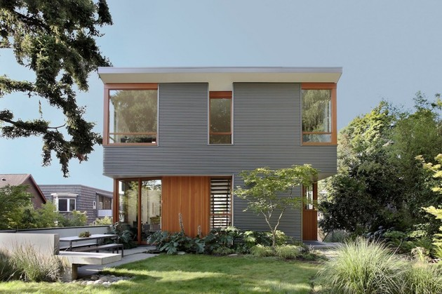 corrugated steel house with warm wood details throughout 1 thumb 630xauto 37781 Corrugated Steel House with Warm Wood Details Throughout
