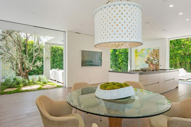 house-with-multilevel-decks-surrounded-by-gardens-34-table-counter.jpg