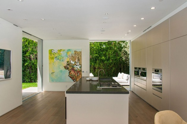 house-with-multilevel-decks-surrounded-by-gardens-36-counter-straight.jpg