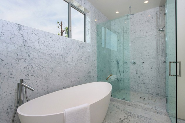 house-with-multilevel-decks-surrounded-by-gardens-55-tub-shower.jpg