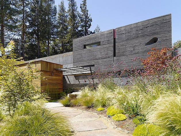 hybrid wood and concrete home 1 thumb 630xauto 35995 Hybrid Wood and Concrete Home