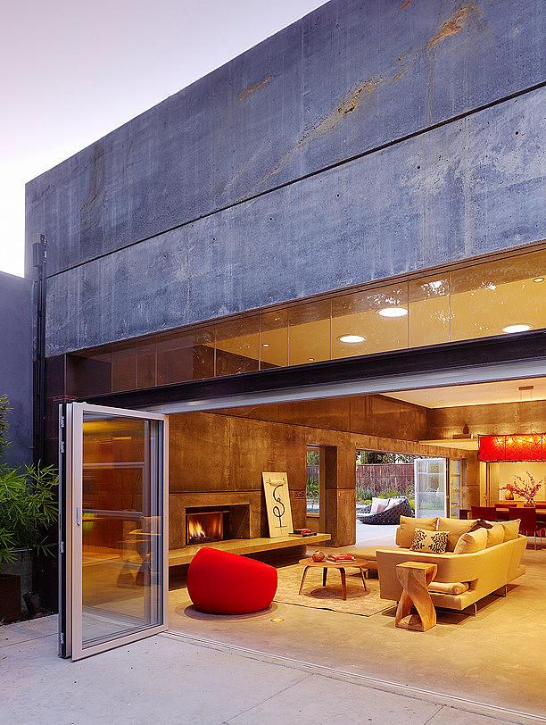 hybrid-wood-and-concrete-home-15.jpg