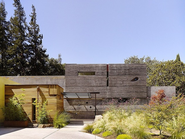 hybrid wood and concrete home 2 thumb 630xauto 35997 Hybrid Wood and Concrete Home