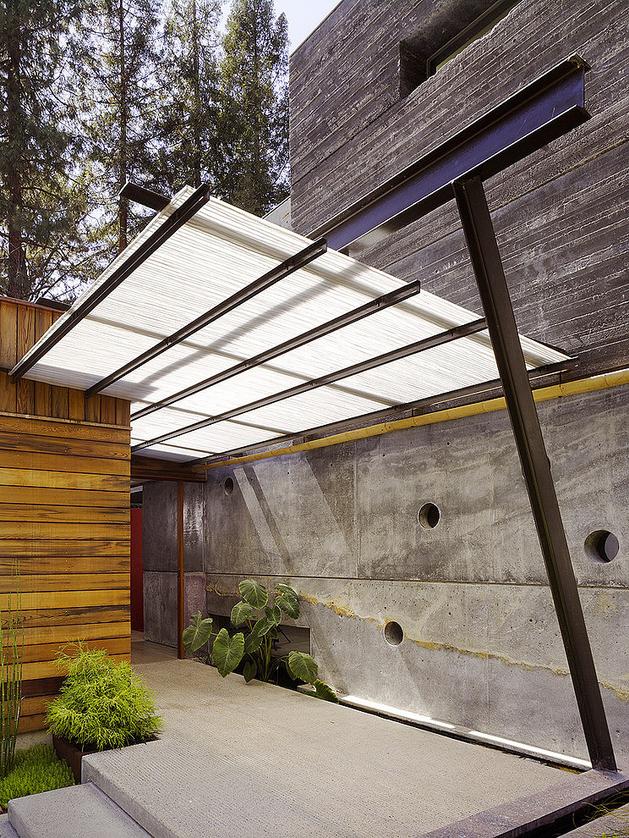 hybrid-wood-and-concrete-home-3.jpg