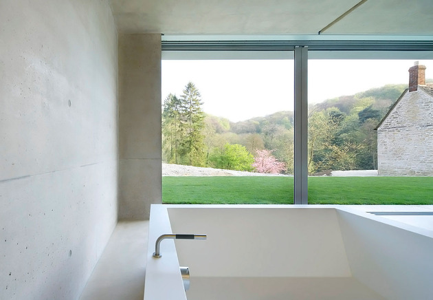 minimal-white-extension-to-traditional-british-home-24-tub.jpg