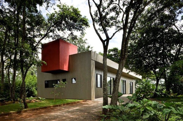 modern house made of concrete boxes 2 thumb 630xauto 36397 Modern House Made of Concrete Boxes