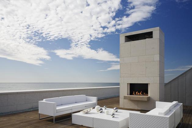 oceanside home teak walls pool rooftop fireplace 1 roof thumb 630xauto 37342 Oceanside Home has Teak Walls a Pool and Rooftop Fireplace