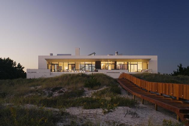 oceanside-home-teak-walls-pool-rooftop-fireplace-6-back.jpg