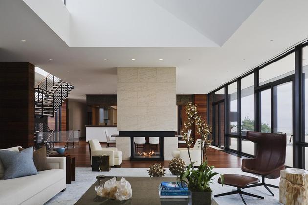 oceanside-home-teak-walls-pool-rooftop-fireplace-8-social.jpg
