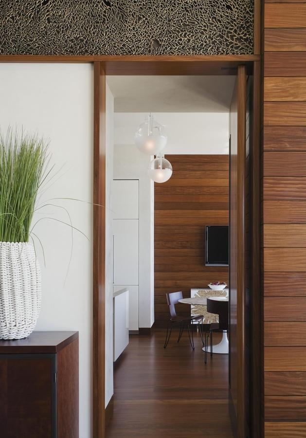 oceanside-home-teak-walls-pool-rooftop-fireplace-9-dining.jpg