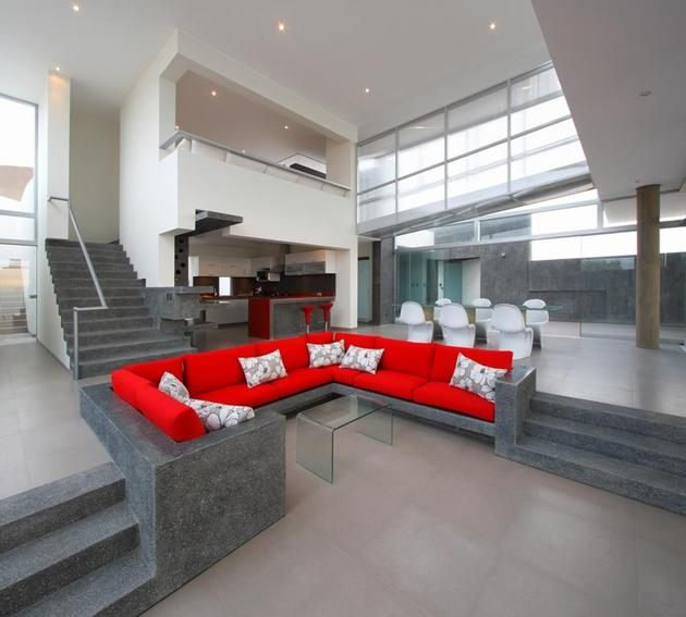 stunning-ultramodern-beach-house-with-glass-walls-15-couch.jpg