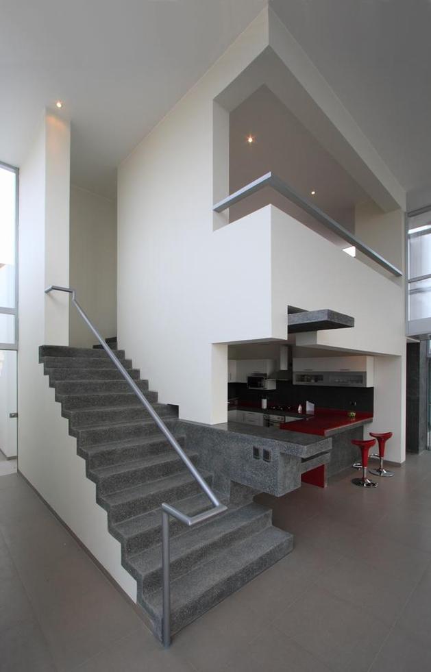 stunning-ultramodern-beach-house-with-glass-walls-16-interior-stairs.jpg