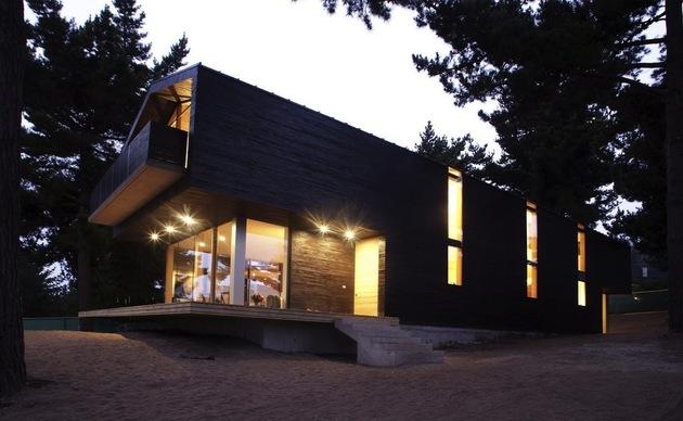wooden-hilltop-house-sleeps-fourteen-people-6-deck-lights.jpg