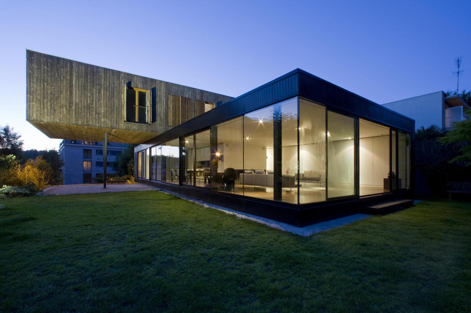 Contemporary cantilever house design by paris architects - The house on the corner contemporary paris ...