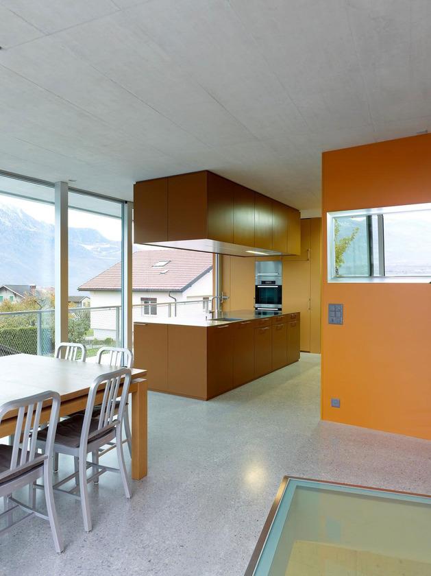 concrete-homesurrounded-vineyard-shades-brown-10-kitchen.jpg