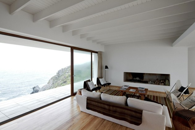 contemporary-clifftop-house-with-spectacular-views-15.jpg