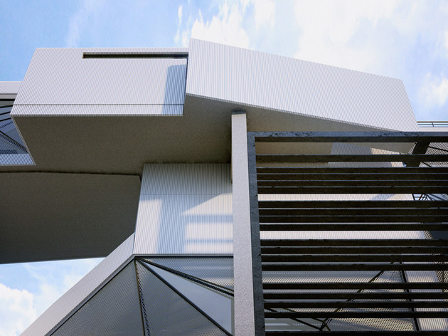 contemporary-lakeside-home-faceted-windows-cantilevered-volumes-11-detail.jpg